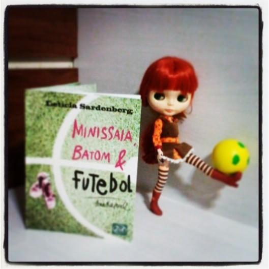 Minissaia, Batom e Futebol, de Letícia Sardenberg